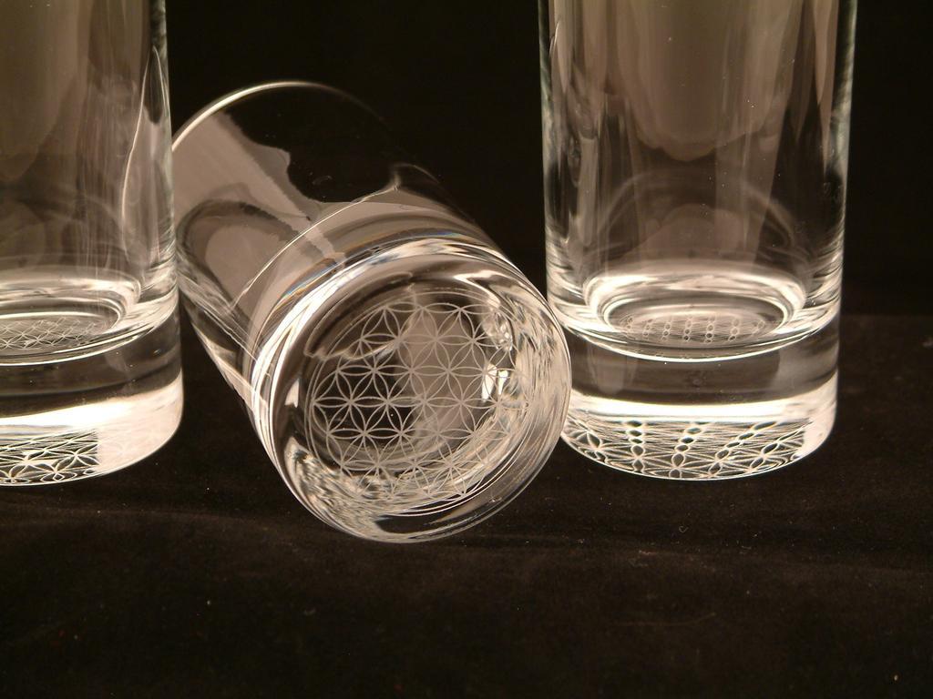 professionelle glasgravur in wien die individuelle geschenkidee. Black Bedroom Furniture Sets. Home Design Ideas